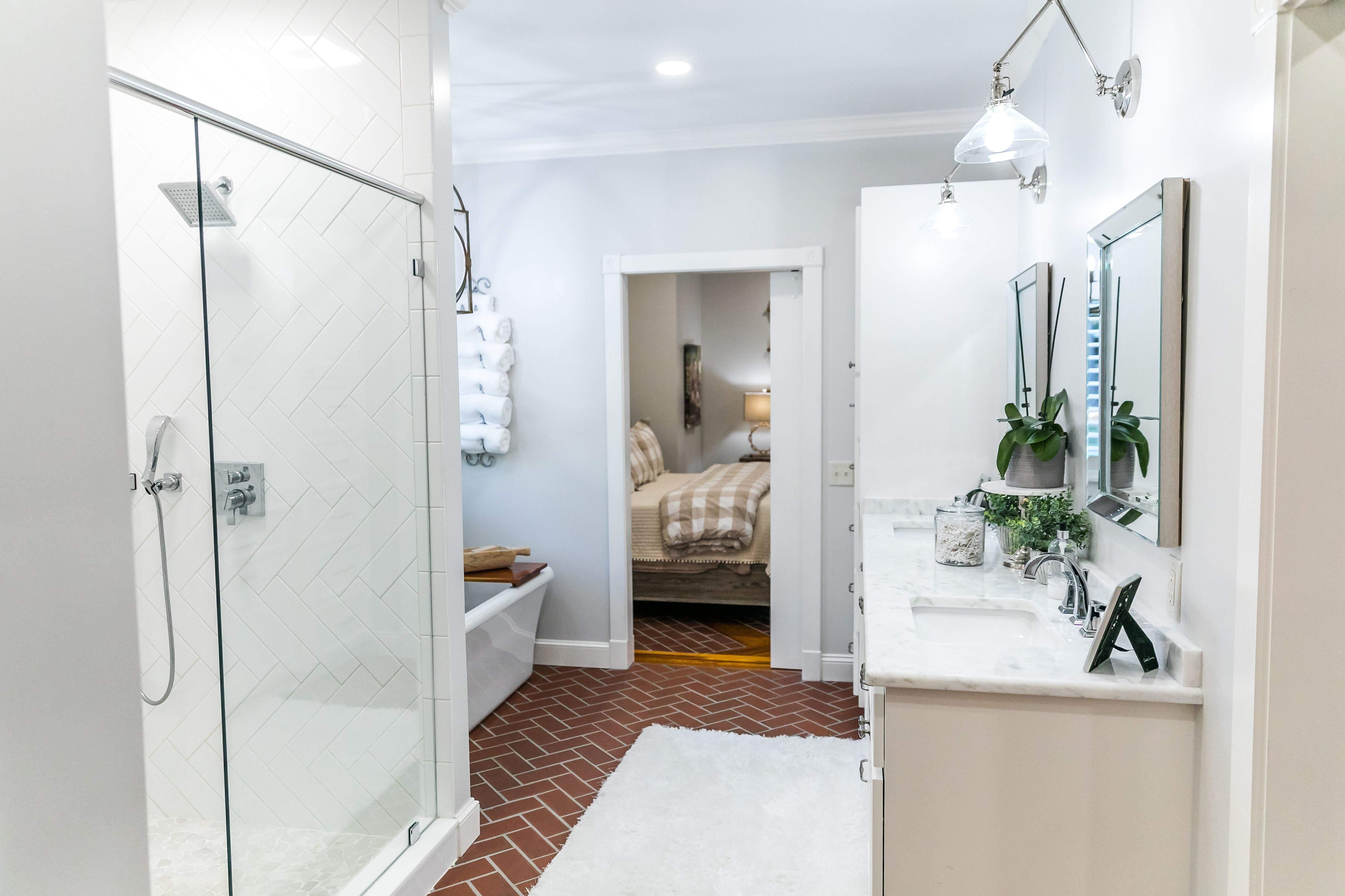 Dusche: Vom Duschkopf bis zur Duschstange