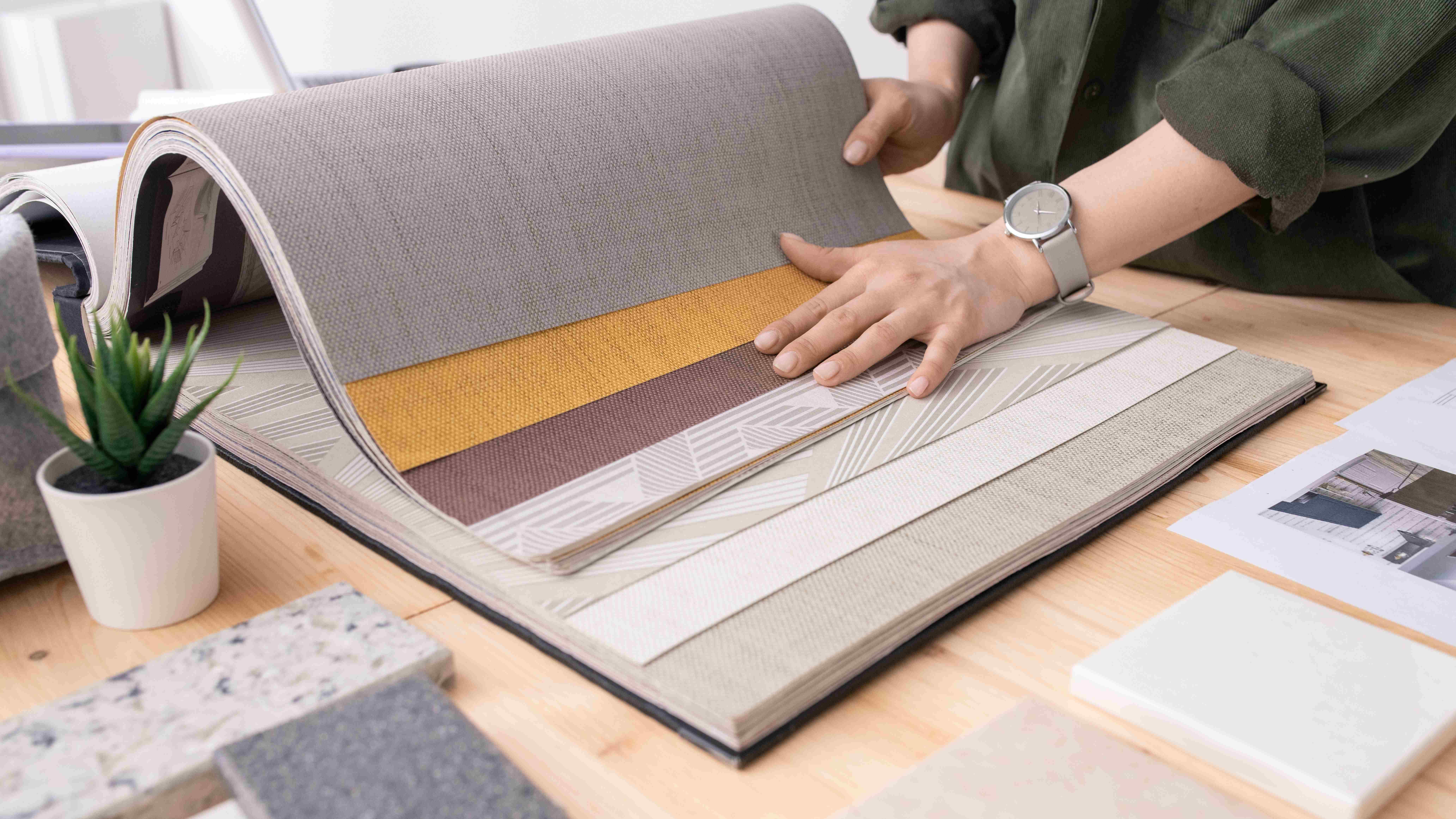 Wallpaper strip buying guide