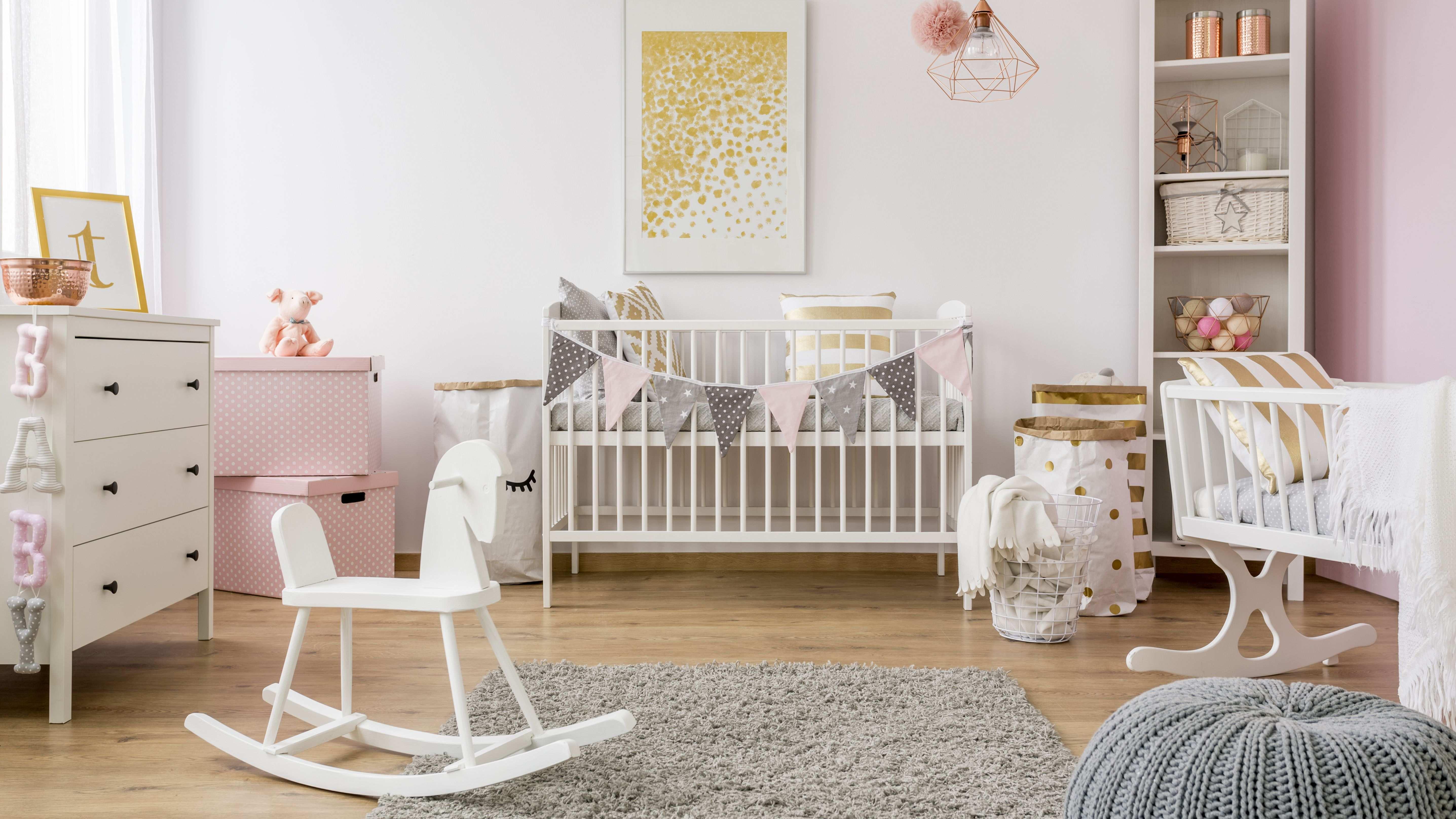 Comment bien aménager une chambre bébé ?