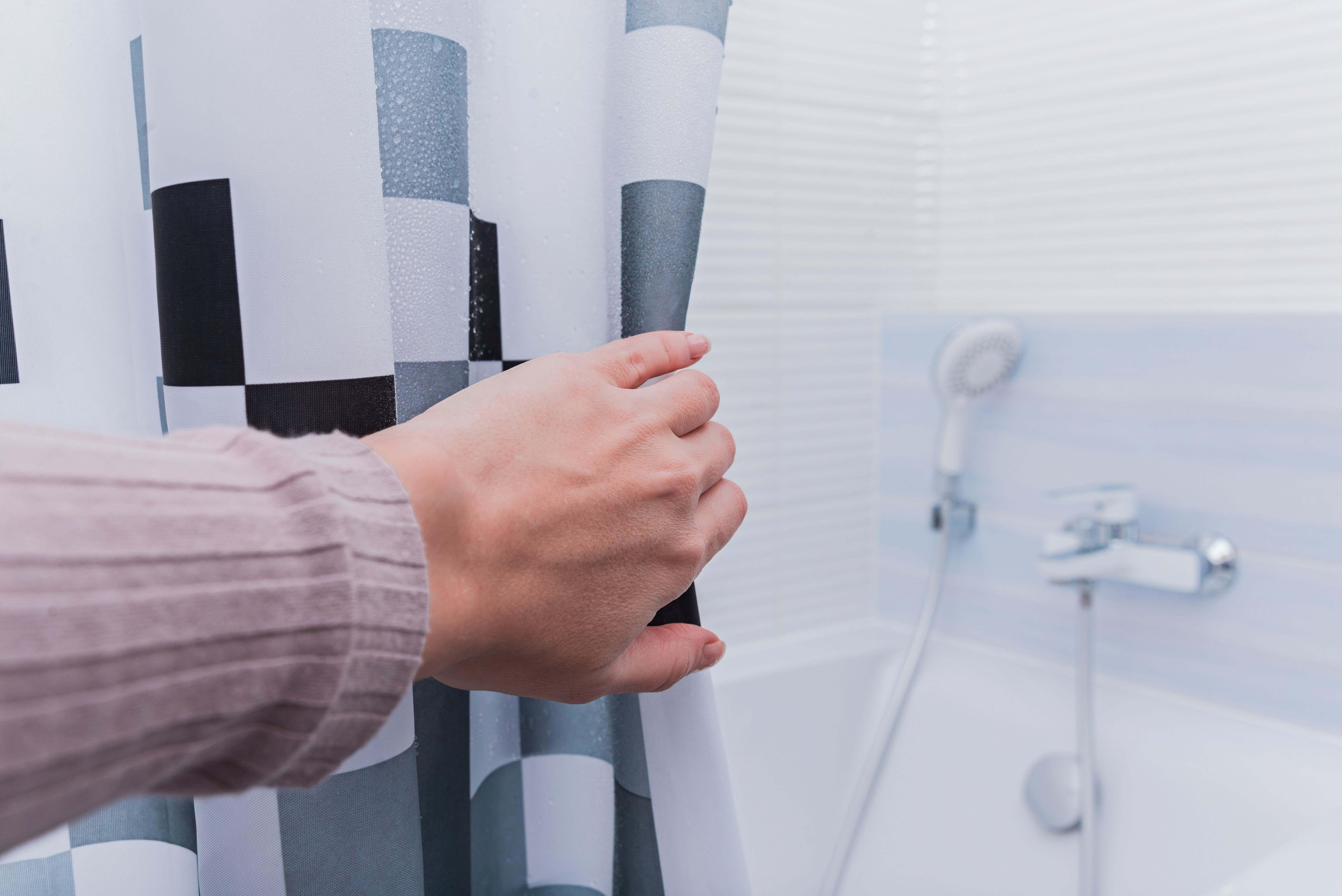 Cómo elegir una cortina o una mampara de baño