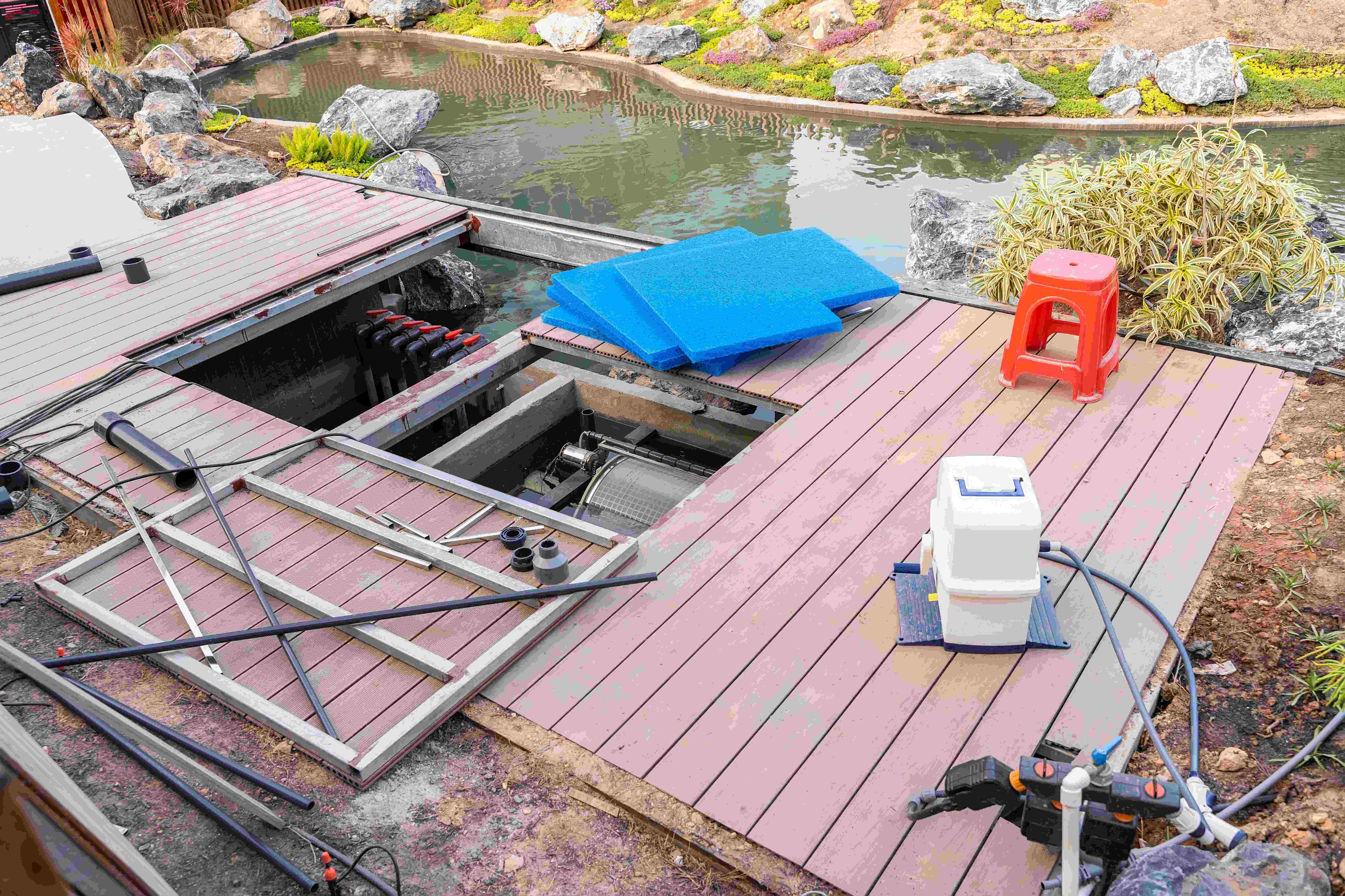 Cómo filtrar  el agua de un estanque de jardín