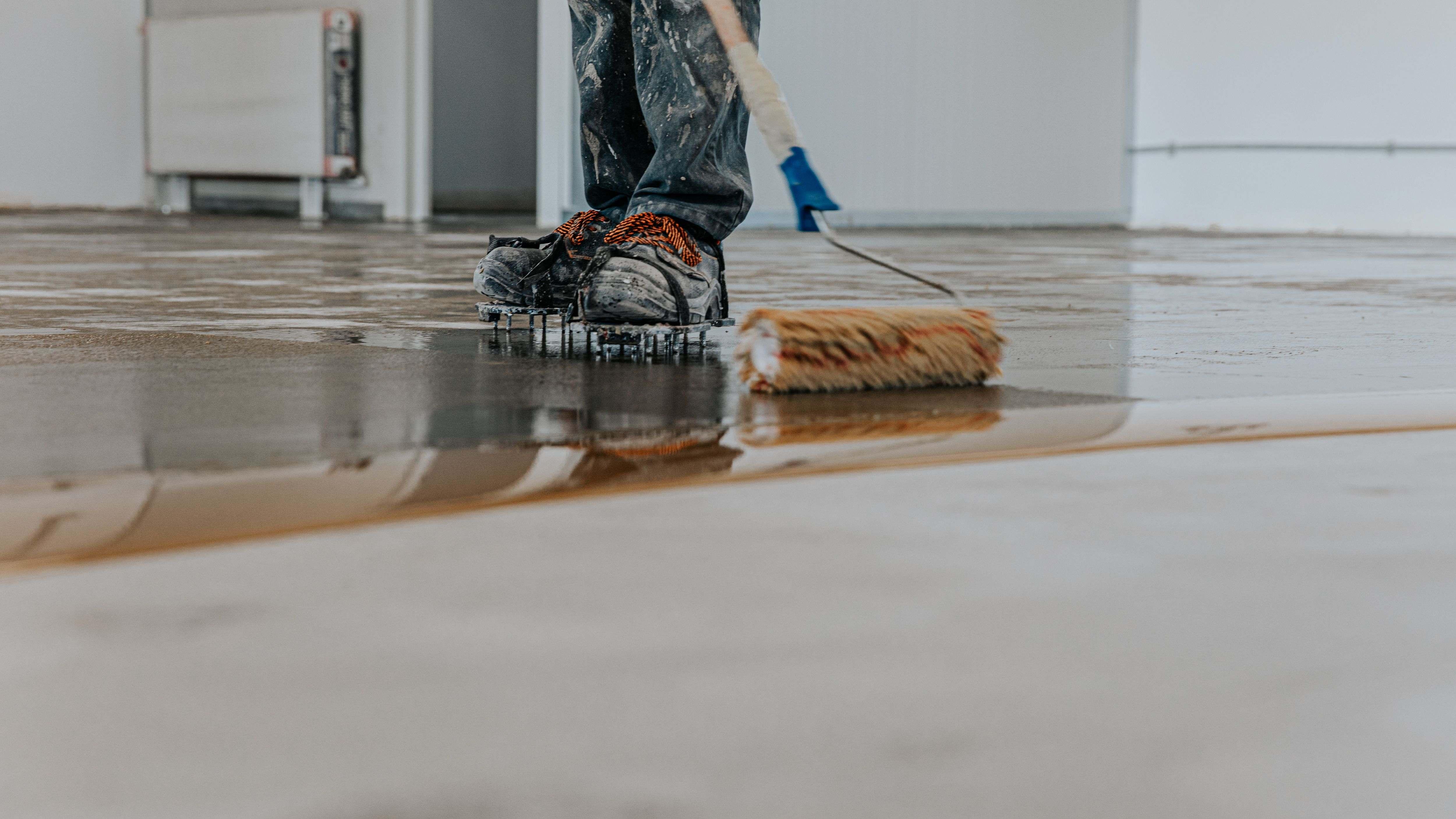 Comment appliquer  une résine de sol