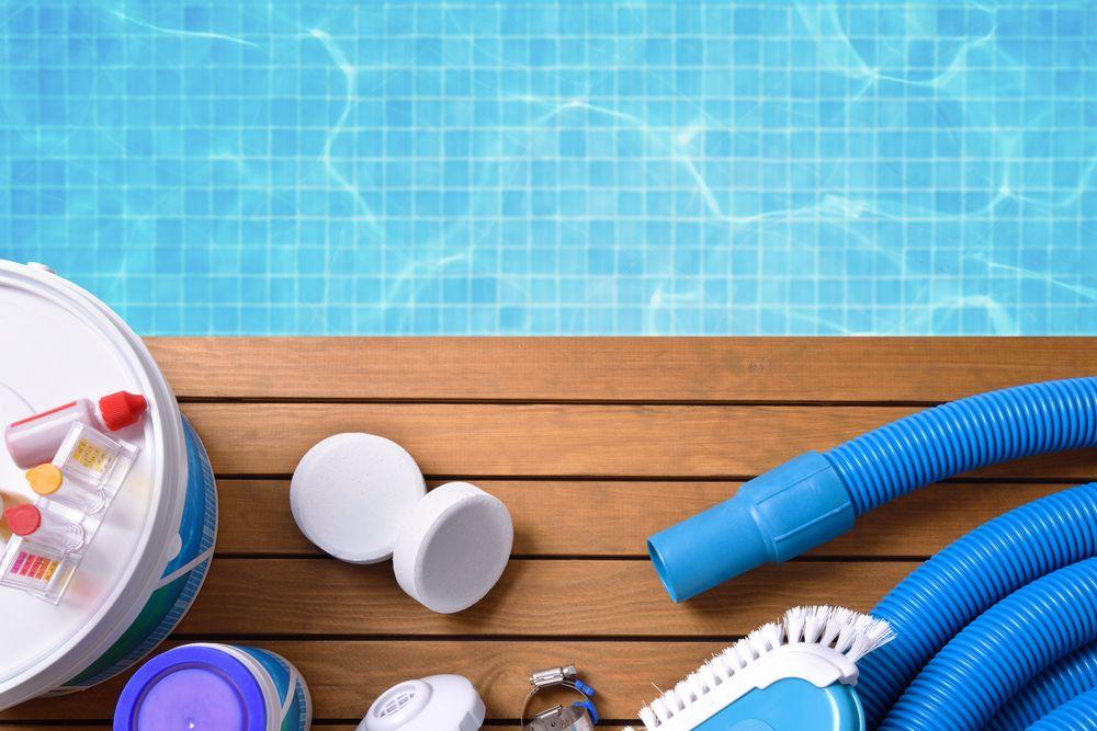 Désinfection piscine  : quel désinfectant de piscine choisir