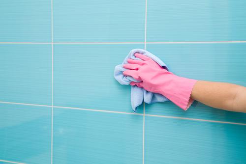 Comment Nettoyer La Ceramique La Faience Et Le Marbre De La Salle De Bains