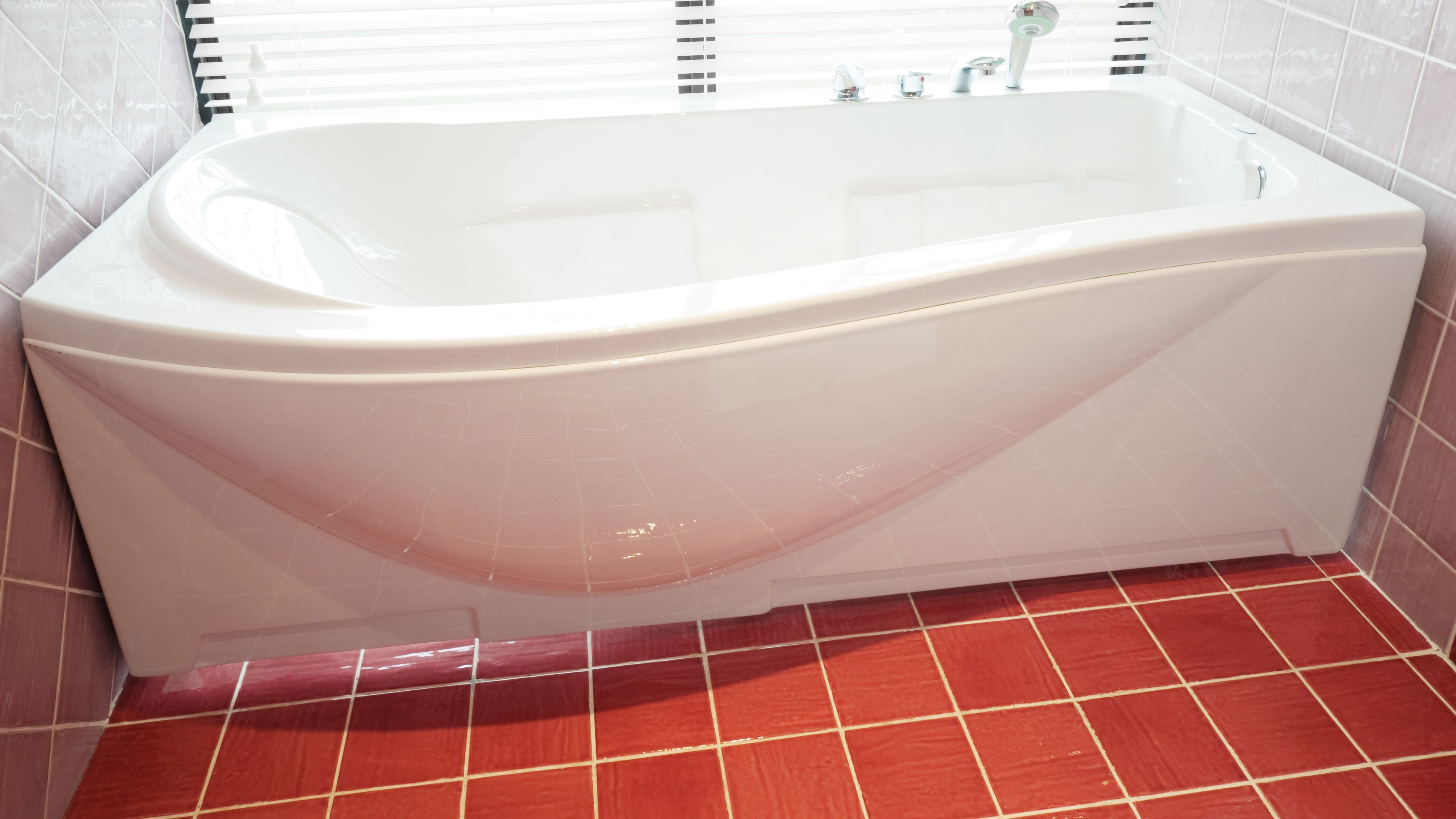 How to choose  your bathtub panels?