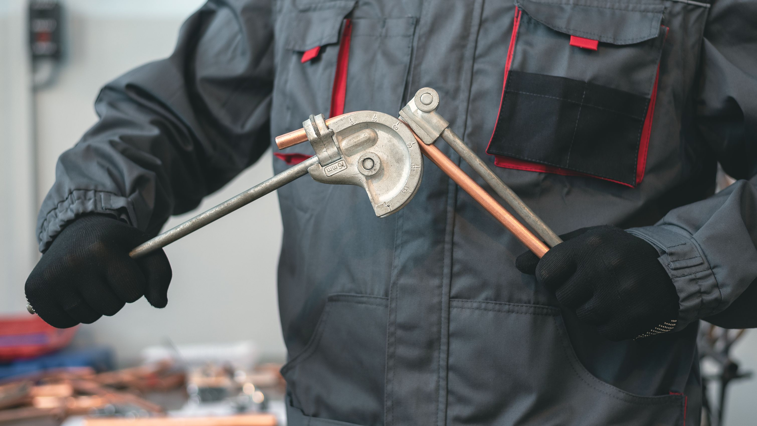 Comment cintrer un tube de cuivre