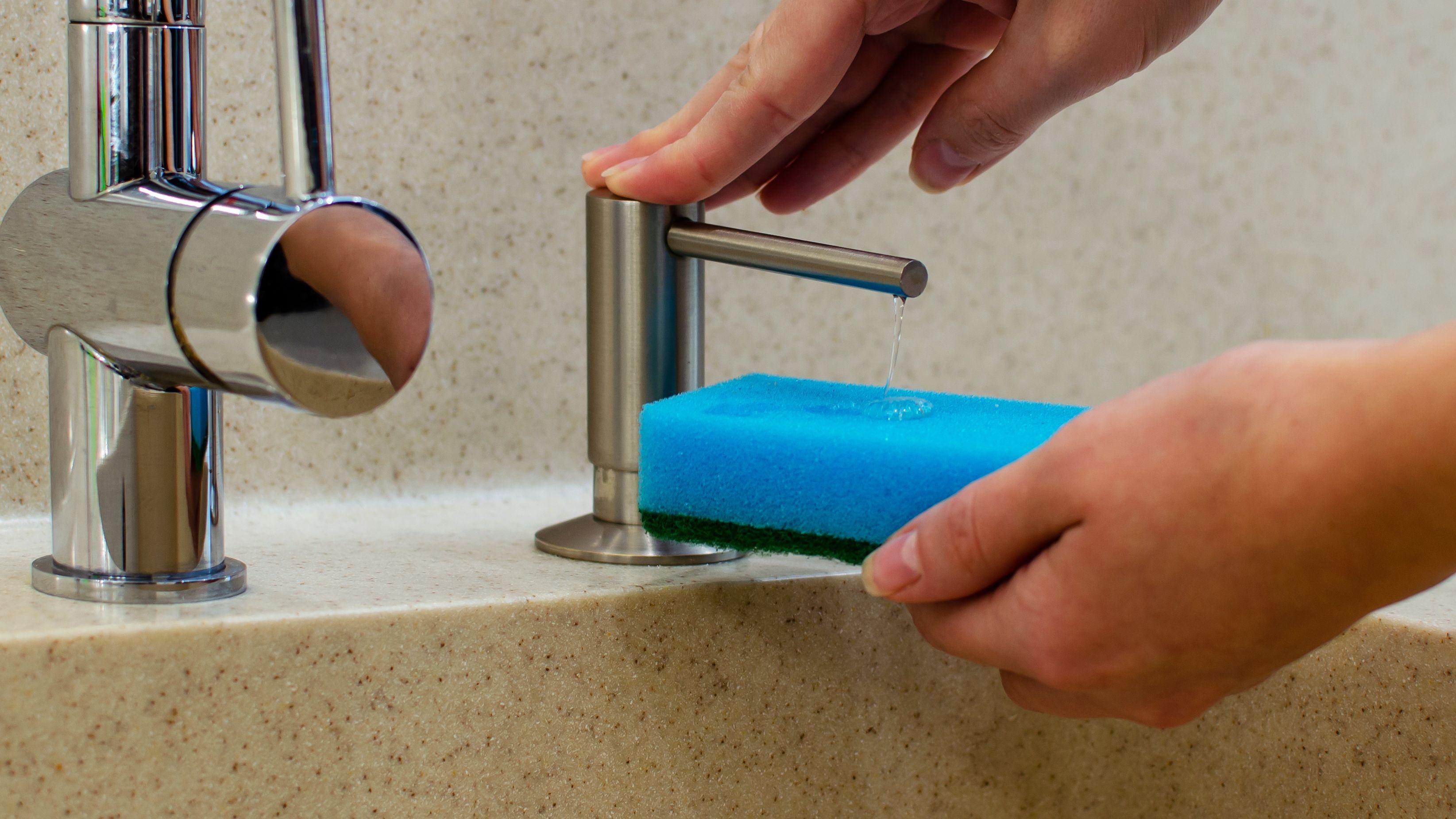 Distributeur de liquide vaisselle :  comment choisir
