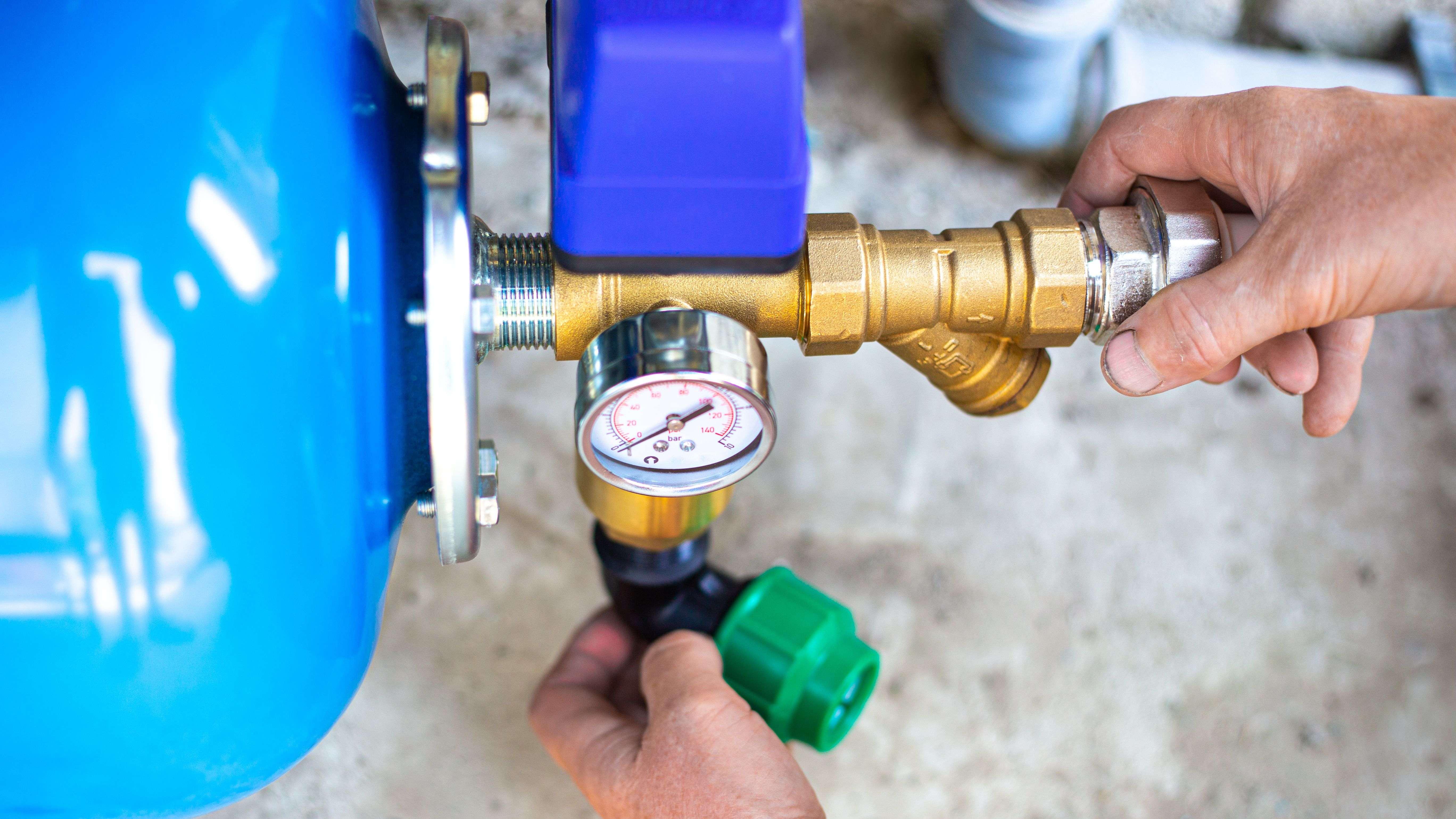 Cómo elegir tubos y accesorios para la bomba de agua
