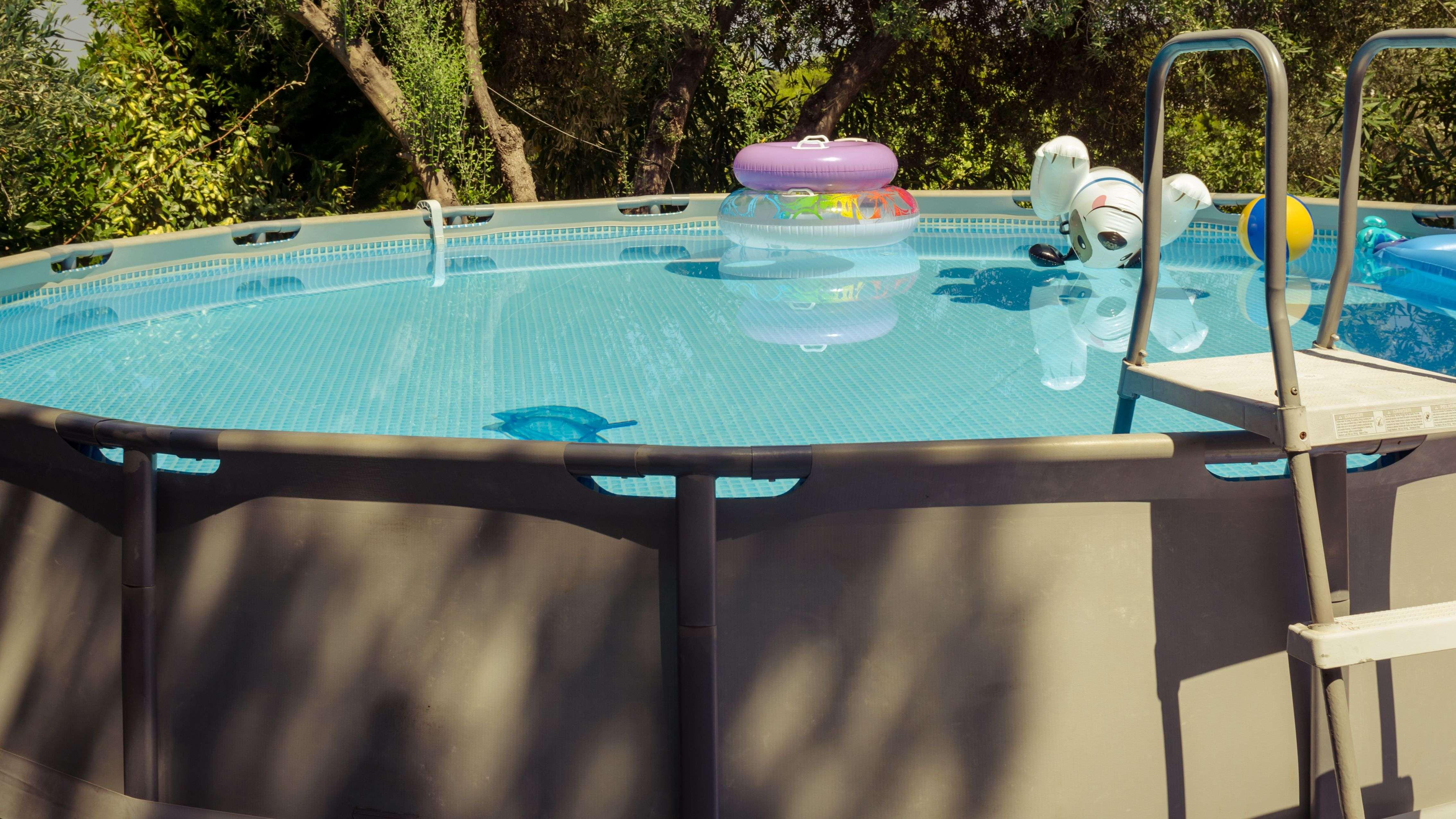 Cómo elegir una piscina elevada