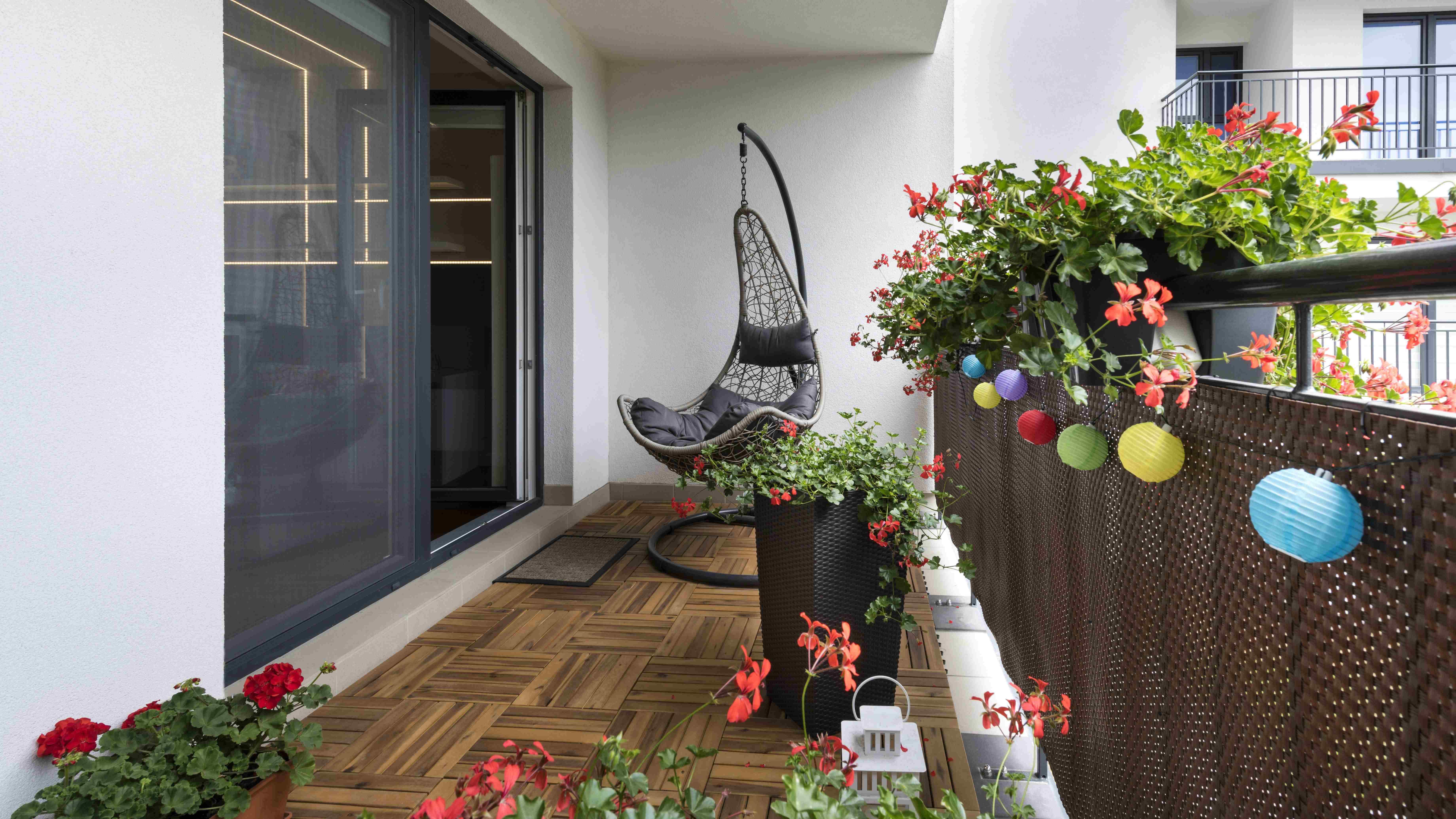 Einen Balkon gestalten: So geht's