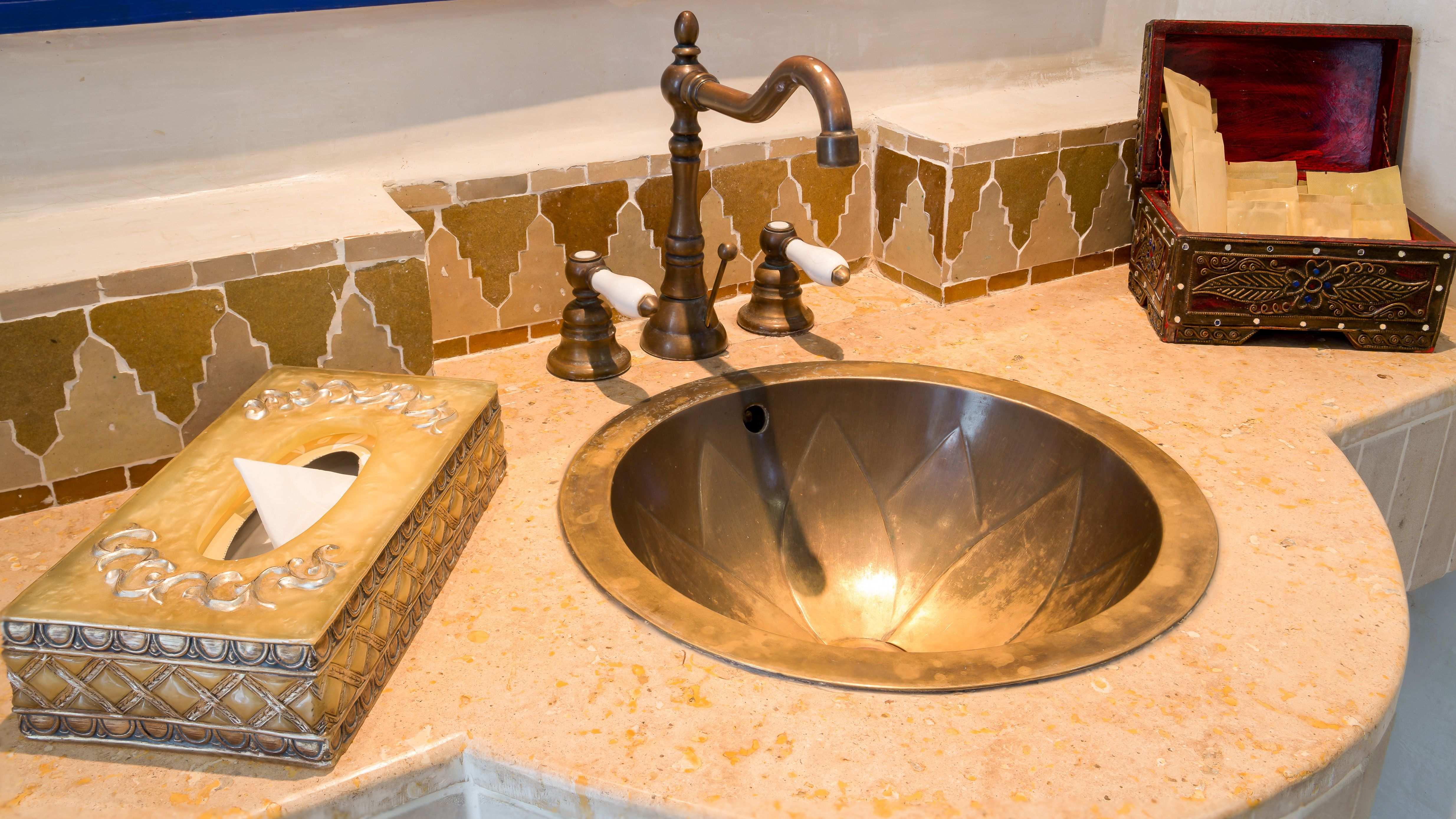 Cuarto de baño estilo oriental