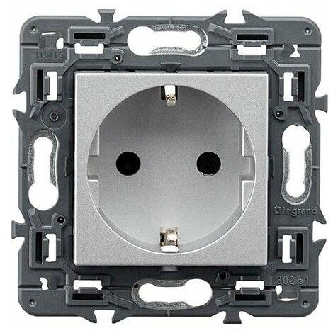 Enchufe Schuko 2P+T Legrand 741320 serie Valena Next color aluminio