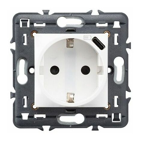 Enchufe Schuko 2P+T+USB TIPO C 1,5A Legrand 741234 serie Valena Next color blanco