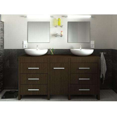 Ensemble de salle de bain décor bois