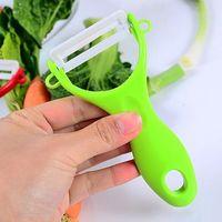 Épluche-légumes en céramique - économe de cuisine - couleur vert