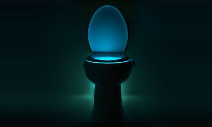 Veilleuse WC à LED 8 couleurs avec capteur de mouvement et de luminosité Groupon