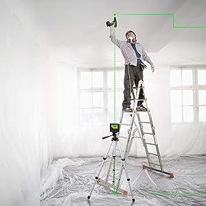 Positionnement avec 2 points laser: ¡ñProjette une ligne laser horizontale à 110 °, une ligne laser verticale à 180 ° et deux points. ¡ñProjette deux points d'aplomb centrés pour des reports au sol et au plafond. ¡ñVous pouvez utiliser l'intersection des lignes laser pour projeter des points de référence et diviser des surfaces à angle droit.
