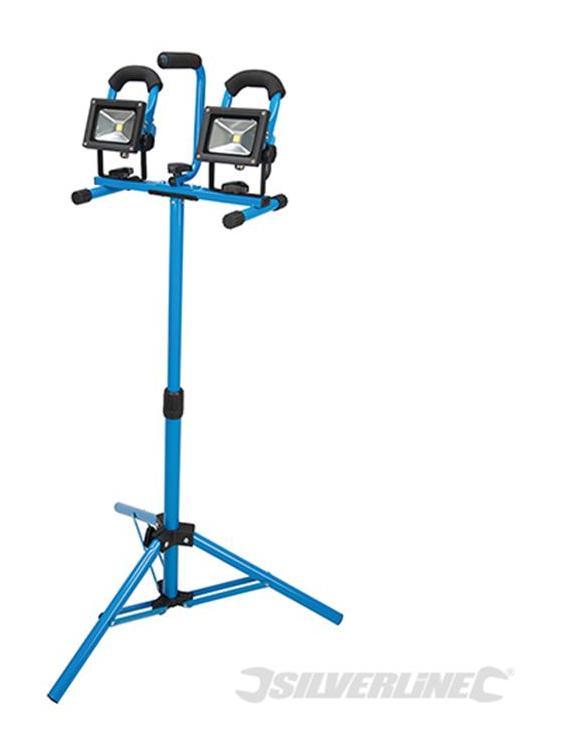 Fari a LED su treppiedi Silverline 2 x 10 W