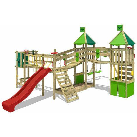 FATMOOSE Parque infantil de madera FunnyFortress con columpio y tobogán rojo, Casa de juegos de jardín con arenero y escalera para niños