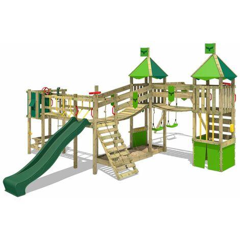 FATMOOSE Parque infantil de madera FunnyFortress con columpio y tobogán verde, Casa de juegos de jardín con arenero y escalera para niños