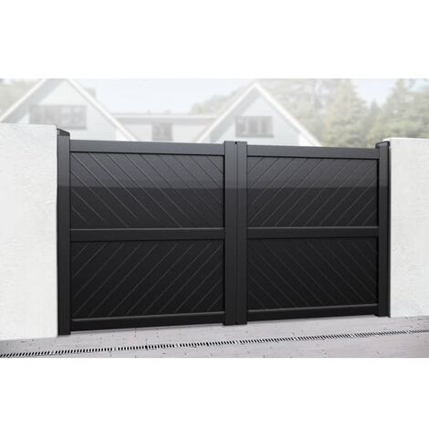 Flat Top with Diagonal Solid Infill Double Driveway Gate