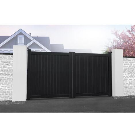 Flat Top with Vertical Solid Infill Double Driveway Gate