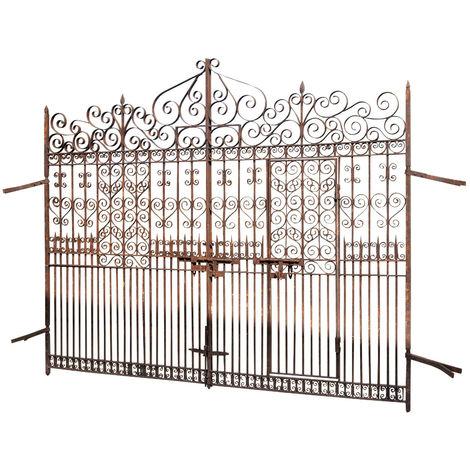 Full iron gate