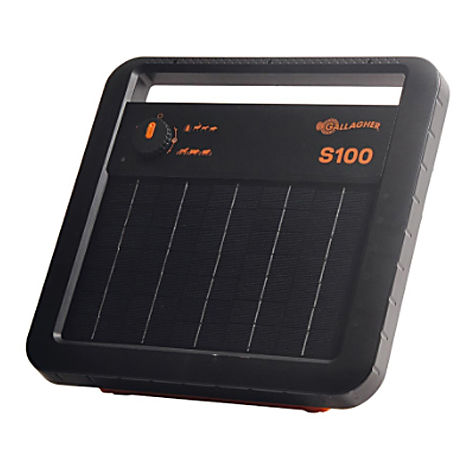 Gallagher S100 battery-powered solar charger with integrated panel for fences up to 5 km