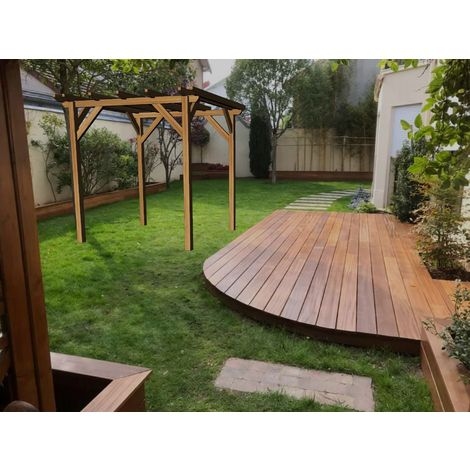 Garage en bois massif | 2.3 x 2.3 m