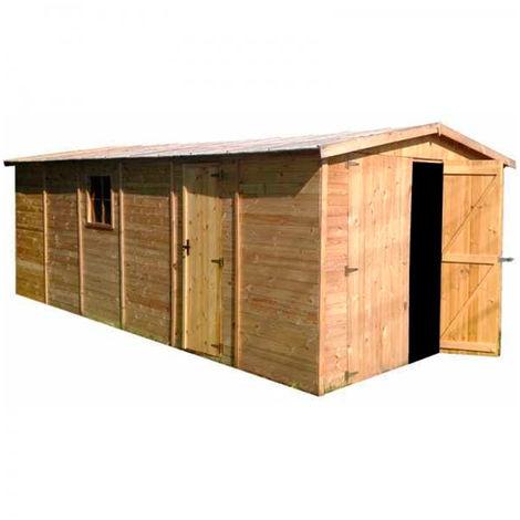 Garaje de madera de pino Mikhail Gardiun