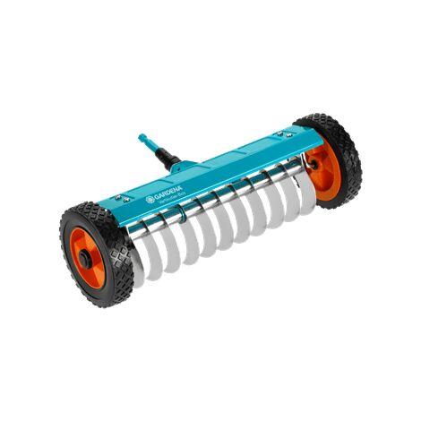"""main image of """"GARDENA Scarificateur sur roues Combisystem - petit modèle (3395-20)."""""""