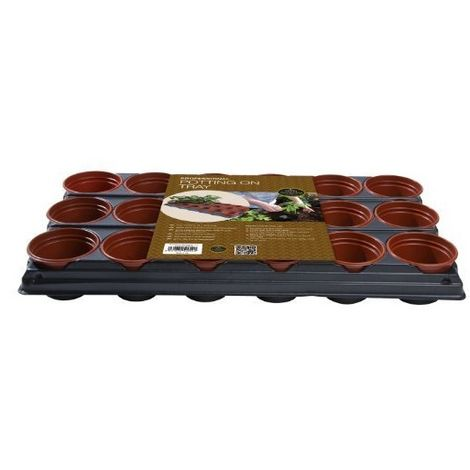 Garland Professional Growing Potting Tray with 18 Plant Pots (9cm)