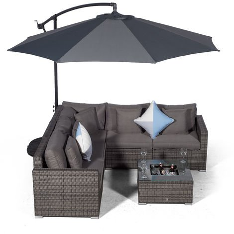 Giardino Havana 5 Seat Grey Rattan Corner Sofa Set + Drinks Cooler Coffee Table, Parasol & Outdoor Furniture Covers | 7 pcs L Shaped Poly Rattan Garden Sofa Set | Outdoor Corner Sofa with Sun Lounger