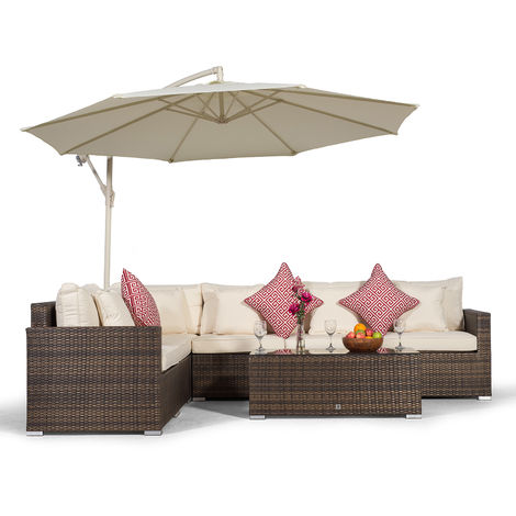 Giardino Havana 6 Seater Brown Rattan Corner Sofa Set + Large Coffee Table + Parasol + Sun Lounger & Outdoor Furniture Cover | L Shaped Outdoor Corner Sofa | 8 piece Patio Poly Rattan Garden Sofa Set