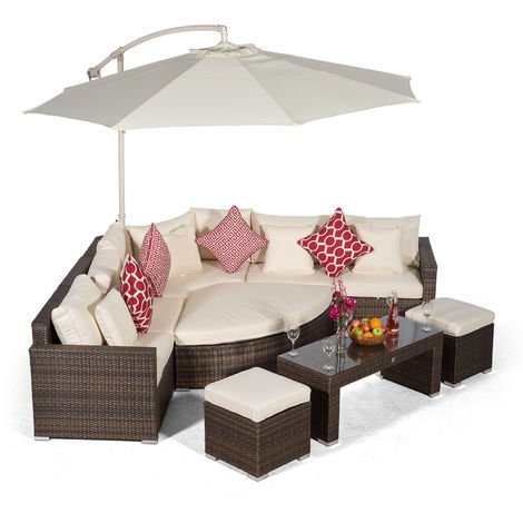 Giardino Santorini 5 Seat Brown Rattan Corner Sofa Set + 2 Stool Coffee Table + Parasol + Outdoor Furniture Cover | L Shaped Outdoor Corner Sofa | Poly Rattan Garden Sofa Set + Sun Lounger & Daybed