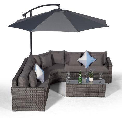 Giardino Santorini 5 Seat Grey Rattan Corner Sofa Set + Large Coffee Table + Parasol + Outdoor Furniture Cover | L Shaped Outdoor Corner Sofa | 7 piece Patio Poly Rattan Garden Sofa Set + Sun Lounger