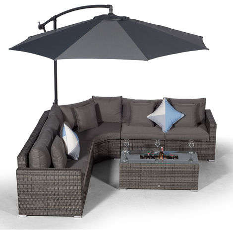 Giardino Santorini 5 Seat Grey Rattan Corner Sofa Set + Large Ice Cooler Table, Parasol + Outdoor Furniture Cover | L Shaped Outdoor Corner Sofa | 7 pc Patio Poly Rattan Garden Sofa Set + Sun Lounger