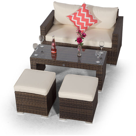 Giardino Sydney Brown Rattan 2 Seater Loveseat Sofa Set with Coffee Table and 2 Stools | Poly Rattan Garden Sofa | Patio Outdoor Rattan Loveseat with All Weather Garden Furniture Cover
