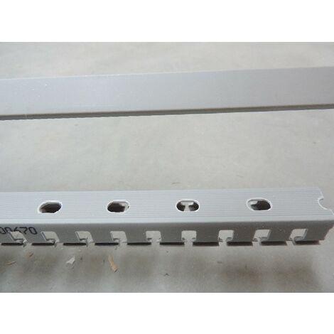 Goulotte de câblage 15x18mm grise RAL7030 (au metre) au pas de 20 avec couvercle T1 IBOCO B00670