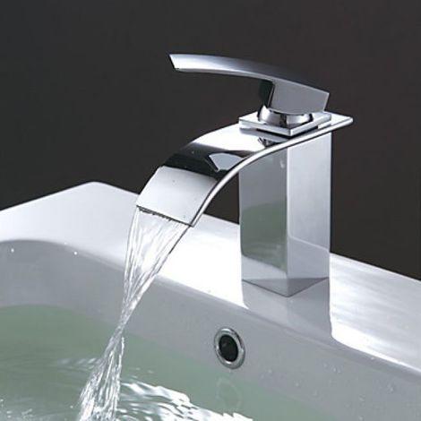 Grifería de baño con caño ancho y curvado, acabado en metal cromado