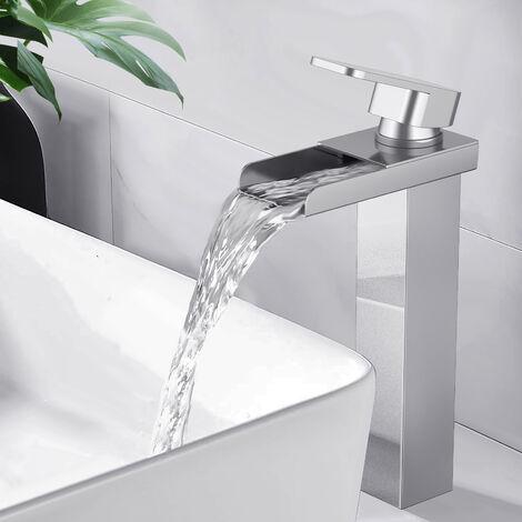 Grifo de baño de alta cascada Mezclador de lavabo cromado Grifo de latón de diseño moderno
