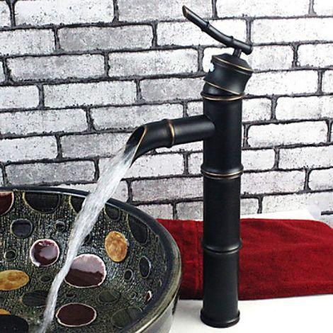 Grifo de fregadero con forma de bambú tradicional