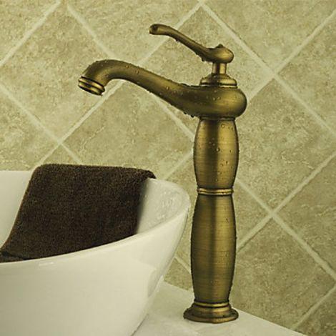 Grifo de lavabo de latón con una sola manija, estilo antiguo y simple