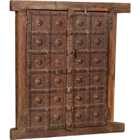 Grille de fenêtre en bois massif et fer médiéval avec cadre intérieur ou extérieur