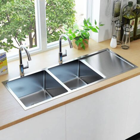 Handmade Kitchen Sink with Strainer Stainless Steel