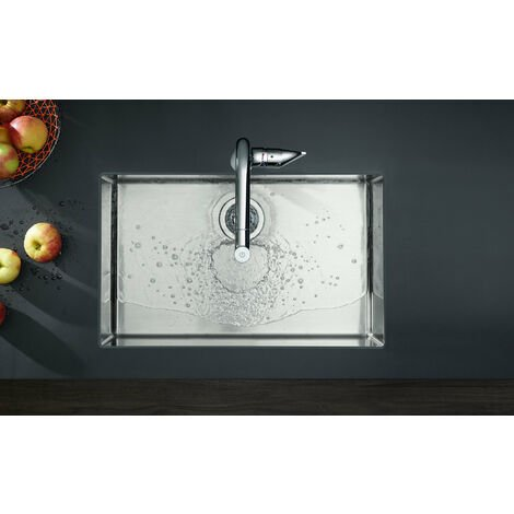 Hansgrohe Metris M71 deck mounted kitchen mixer tap 320 with pull out spray 1jet sBox chrome
