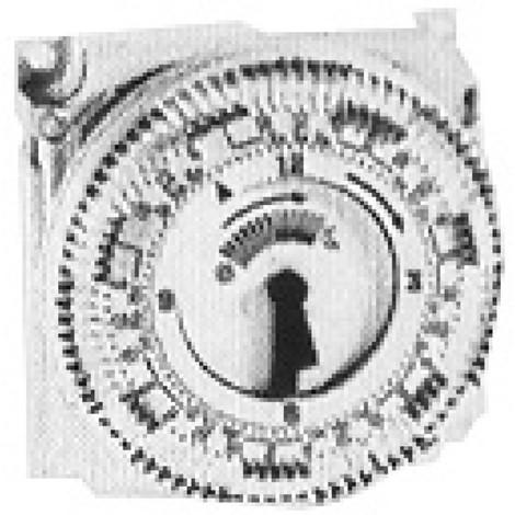 Horloge journalière analogique commutation embrochable dans le RVP200.0 Réf. BPZ:AUZ3.1
