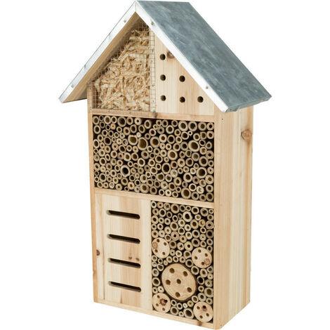 Hôtel pour insectes . Hauteur 49 largeur 29 profondeur 16 cm .