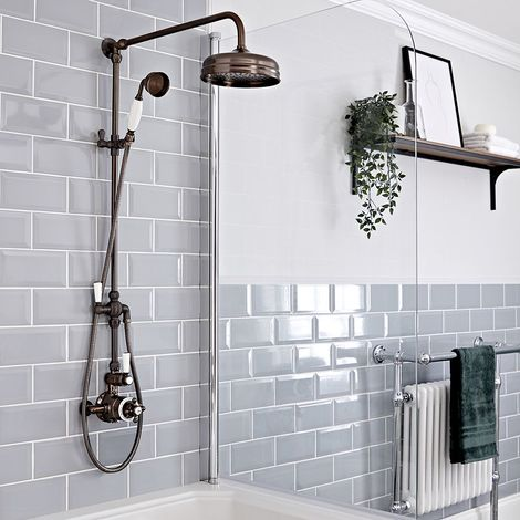 Hudson Reed Elizabeth - Retro Duschsäule mit 2-Wege-Aufputzthermostat, rundem Regenfalleffekt-Duschkopf und Brausegarnitur - Geölte Bronze