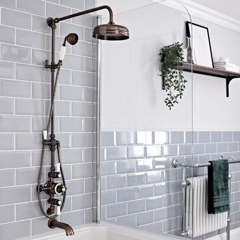 Hudson Reed Elizabeth - Retro Duschsäule mit 3-Wege-Aufputzthermostat, rundem Regenfalleffekt-Duschkopf, Brausegarnitur und Wand-Wanneneinlauf - Geölte Bronze